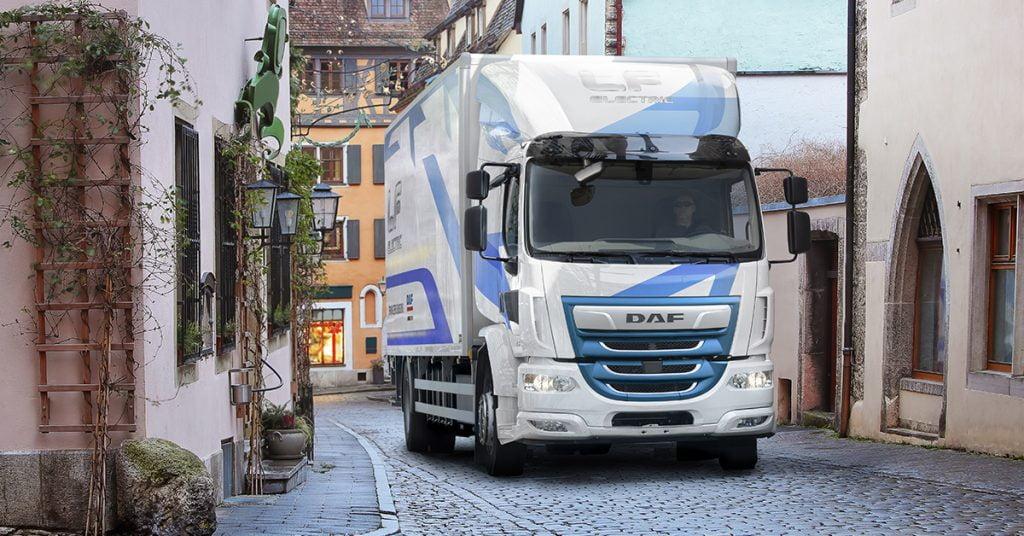 DAF_Trucks_introduces_LF_Electric-Facebook-1