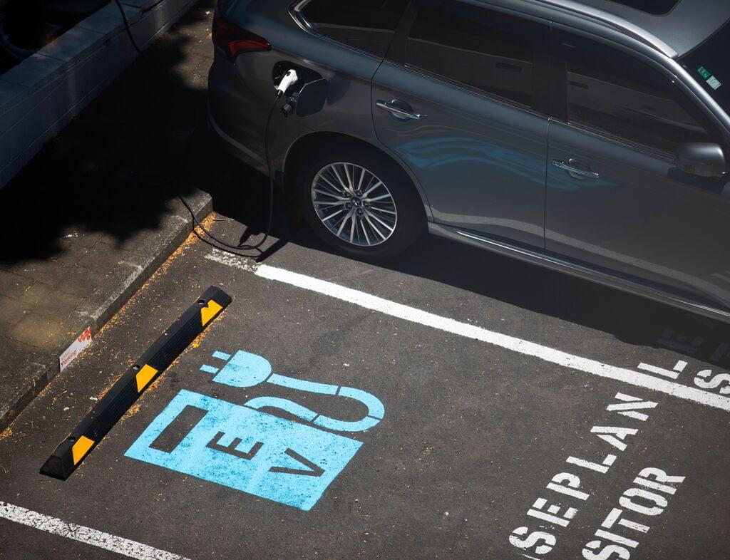 Západ nám utíká v přípravě na elektromobilitu